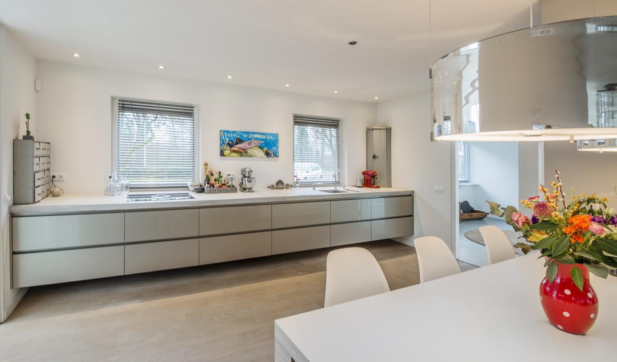 Keuken Met Betonnen Werkblad : Moderne Keukens van Van Diessen Keukens kenmerken zich door een strak