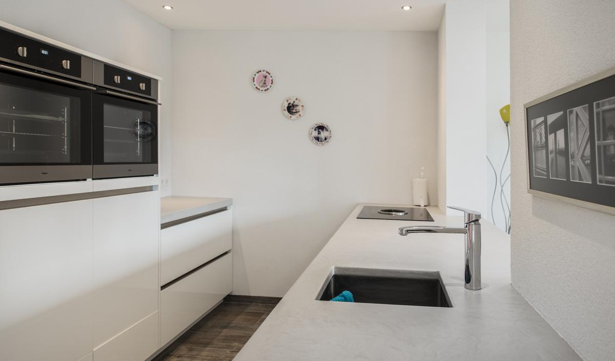 Spoelbak Keuken Onderbouw : Moderne Keukens van Van Diessen Keukens kenmerken zich door een strak