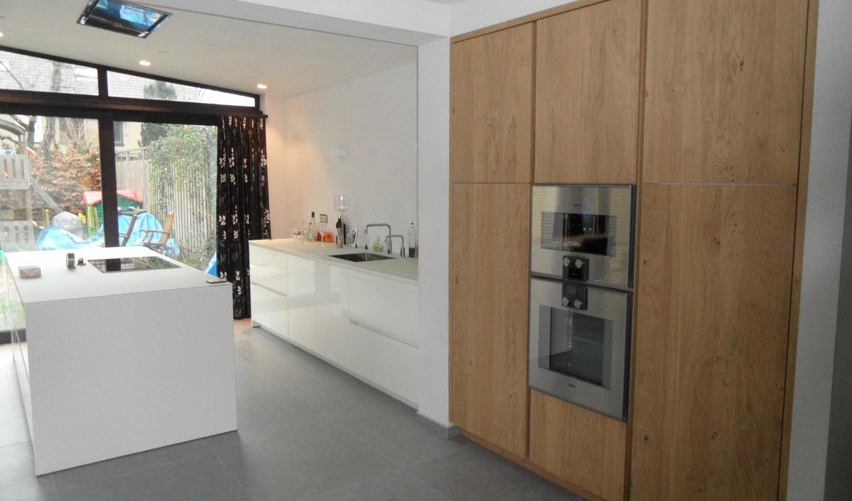 Hout eiland keuken idee wit - Hout en witte keuken ...