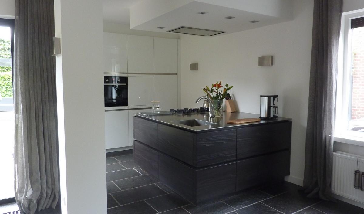 Moderne keukens met eiland for Moderne keuken ideeen