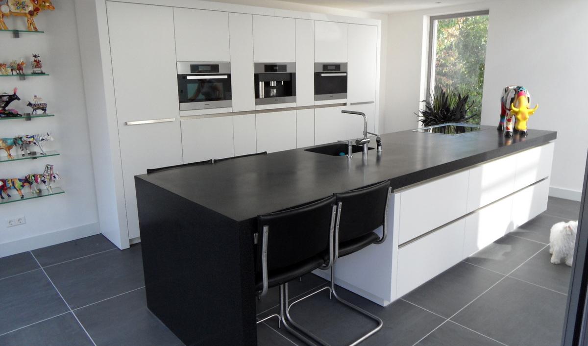 Moderne Keuken Met Spoelbak : Moderne Keukens - Van Diessen Keukens ...